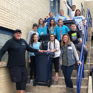 RES Students Recycle Paper for School