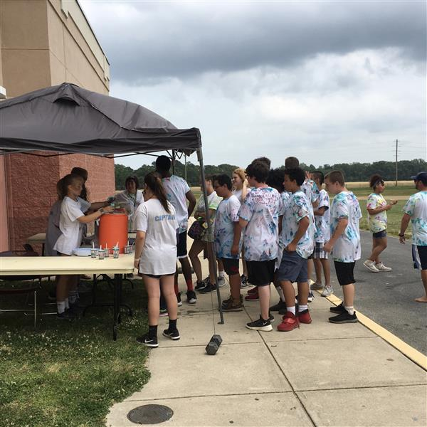 BMS Field Day Students cool off with Rita's Ice!